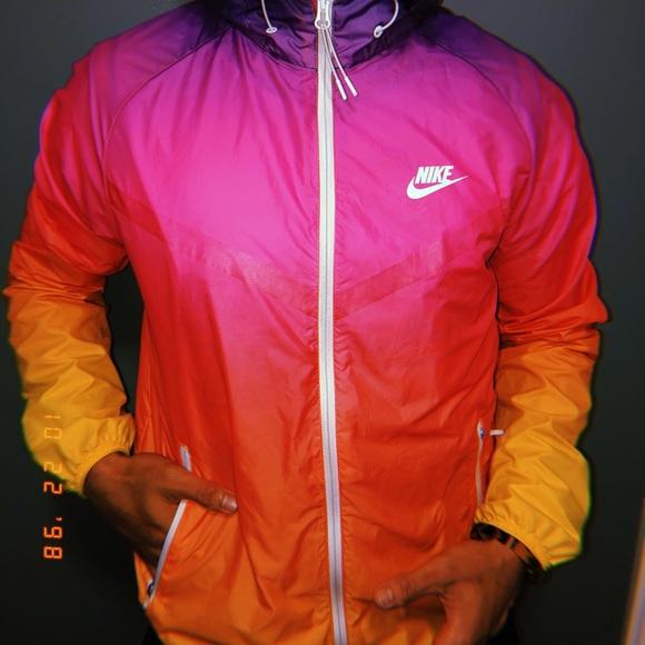 Nike Rainbow Windbreaker. Nike. M 5bd187feaaa5b8eab11fed7c.  M 5bd188cfbaebf6e1135f815f. M 5bd187feaaa5b8eab11fed7c   M 5bd188cfbaebf6e1135f815f ce0efb0fc
